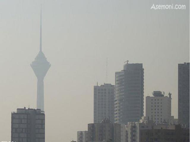 ریزگردها آمد؛ تهران به هشدار رسید