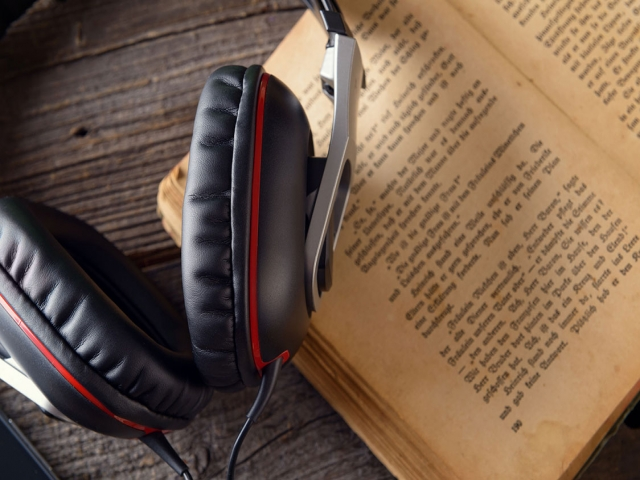 کتاب صوتی چیست؟