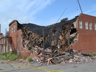 در هنگام زلزله و بعد از وقوع زلزله چه باید کرد؟