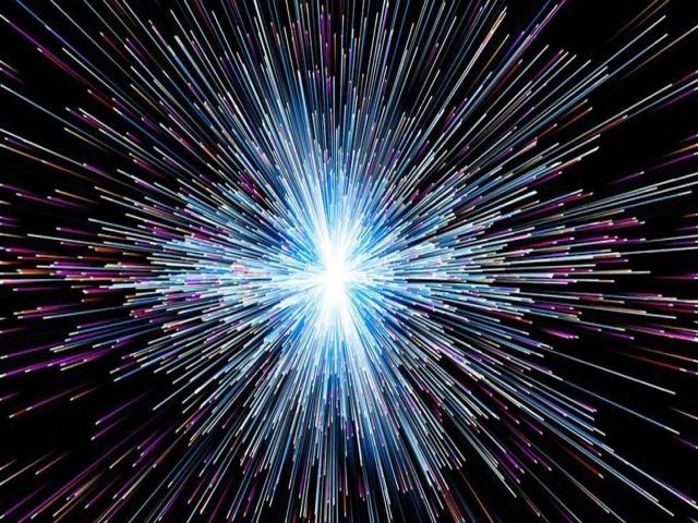 بعد پنجم ، سرعت بالاتر از نور و سفر در زمان