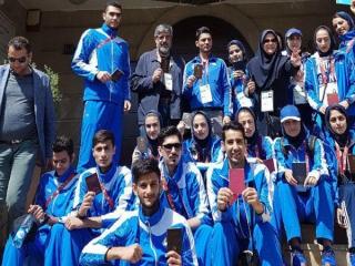 حضور ورزشکاران ایران پای صندوق های رای در باکو