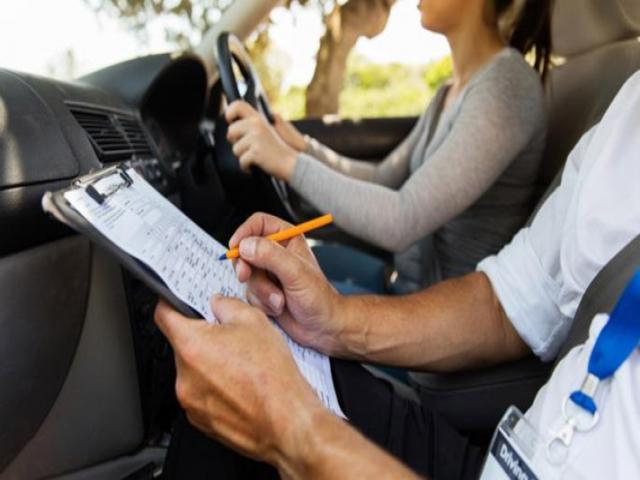 آموزش صحیح رانندگی