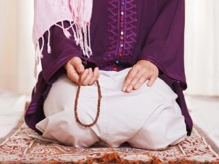 خواندن نماز و دعاها به فارسی ایرادی ندارد؟