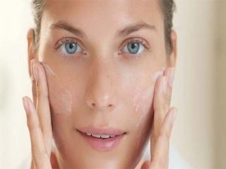 کنترل چربی پوست و درمان جوش