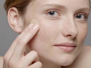 بهترین کرم مناسب پوست خشک
