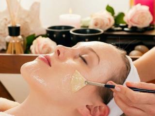 ماسک جهت کنترل چربی پوست