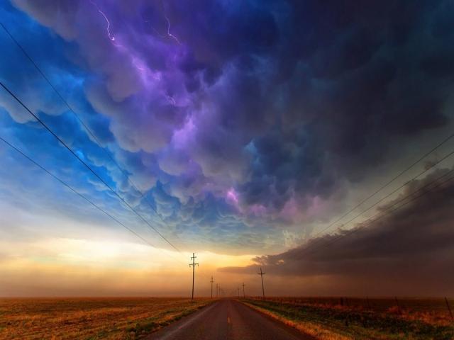 شعر آسمان، باز آسمان ابری است