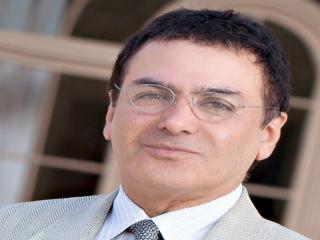 بیوگرافی دانشمند ایرانی، فیروز نادری