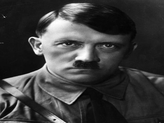 زندگینامه آدولف هیتلر + جنایات و مرگ او