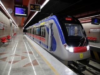 خط 8 مترو تهران شب سرویس دهی ندارد
