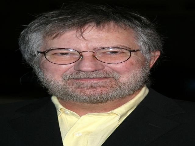 توبی هوپر کارگردان «کشتار با اره برقی در تگزاس» درگذشت