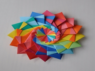 اوریگامی چیست؟ و فواید آن برای کودکان چیست؟