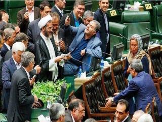 سلفی عجیب نمایندگان مجلس با موگرینی