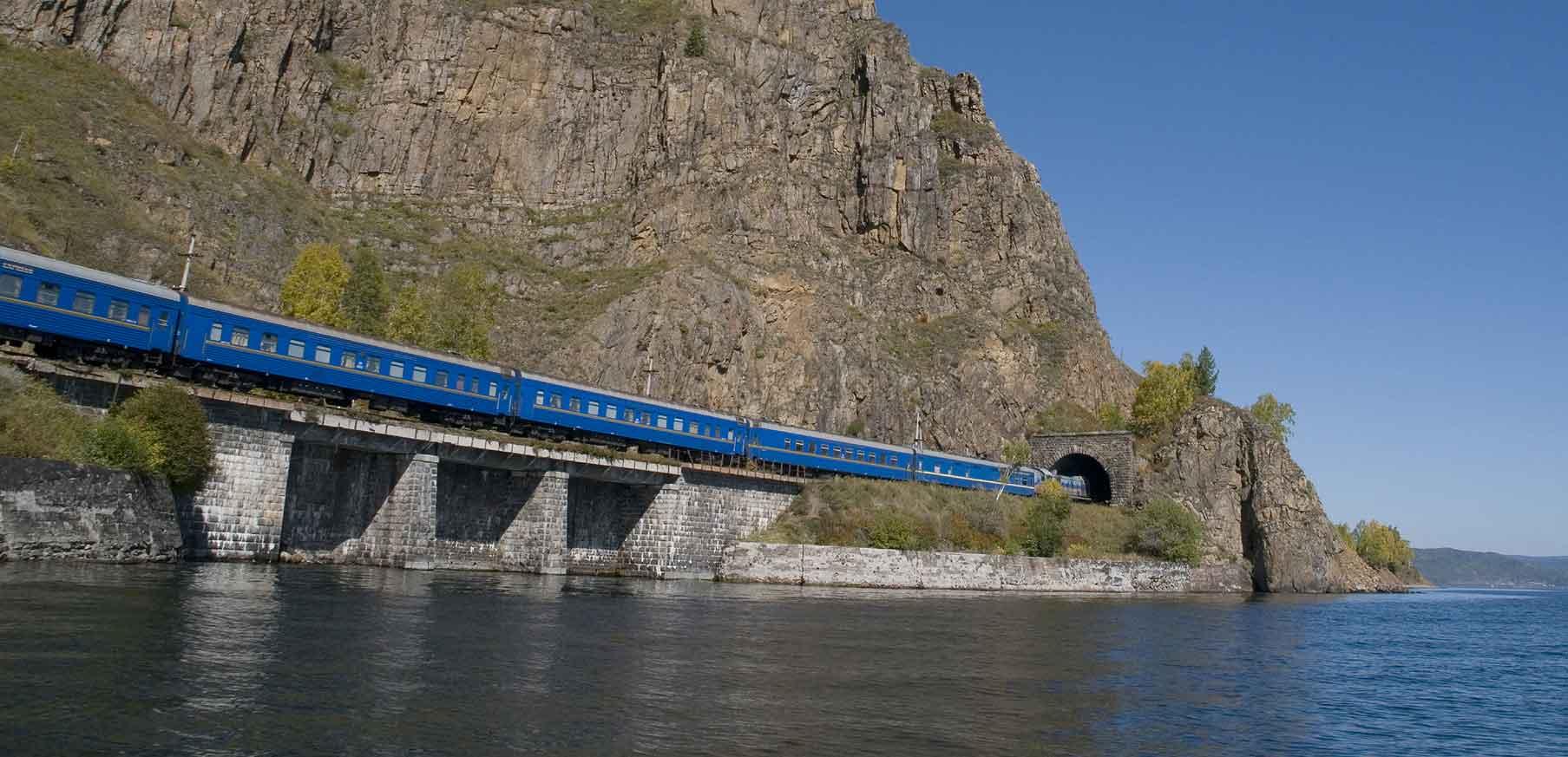 قطار سیبری از جاذبه های گردشگری روسیه