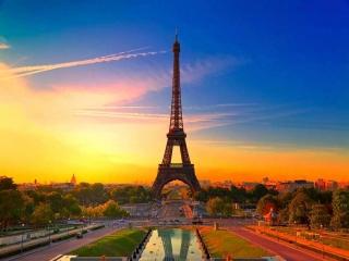 جاذبه های گردشگری کدام کشور بیشتر است؟