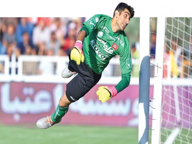 بیرانوند: حضور بین 15 دروازهبان برتر جهان، افتخاری برای فوتبال ایران است