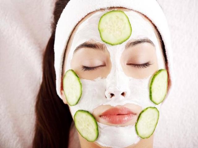 ماسک خیار و شیر برای رفع خشکی پوست