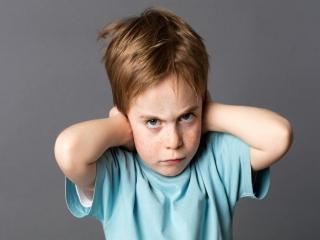 دلایلی که لجبازی کودک را تشدید می کند