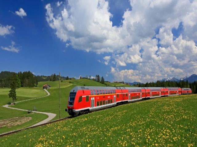 قطارهای مسافربری ؛ رجا ، سفیر ، فدک