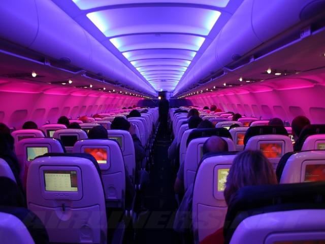 سفر خارجی با بلیط هواپیمایی خارجی بهتر است یا داخلی؟