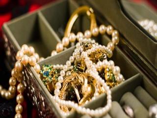 جواهر چیست؟ + انواع جواهر