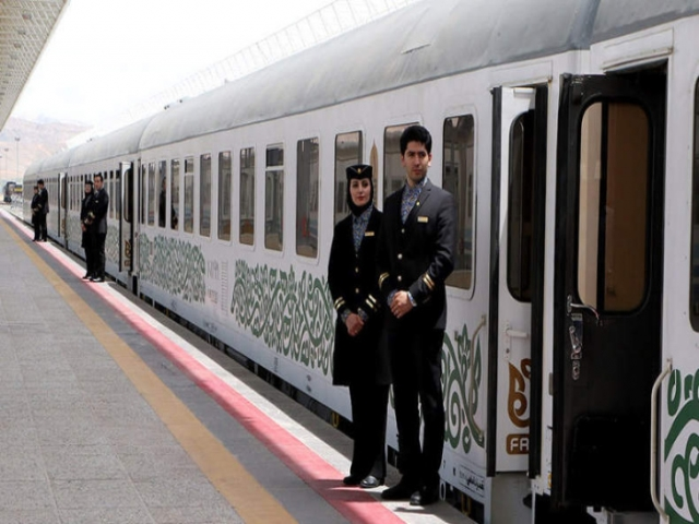 قطار فدک چیست؟