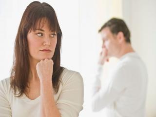 با همسر یک دنده خود چگونه کنار بیاییم؟