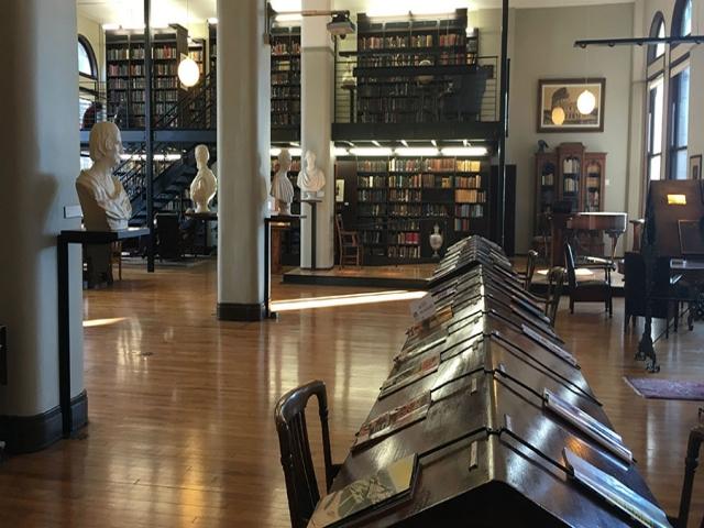 مدارک لازم برای عضویت در کتابخانه های عمومی