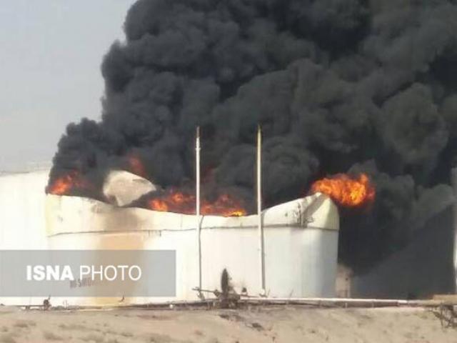 سه کشته و دو مصدوم در آتش سوزی مخزن مواد نفتی در بندر عباس