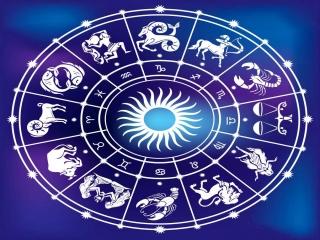 11 فروردین ، رسمیت یافتن تقویم خورشیدی در ایران (1304 ش)