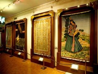 موزه فرش ایران در تهران