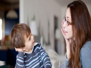 نوع صحبت کردن با بچه