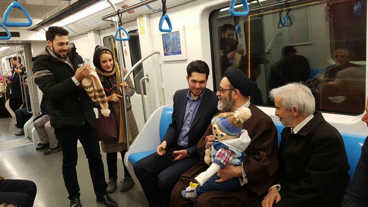 آسمونی - استفاده امام جمعه تبریز از مترو برای اقامه نماز جمعه این هفته