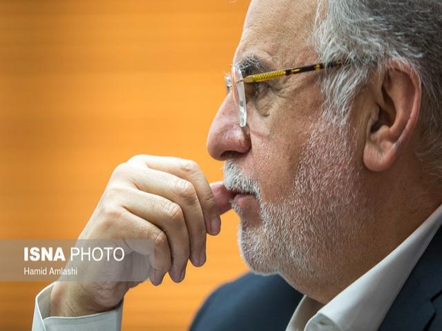 استیضاح وزیر اقتصاد با 50 امضا تقدیم هیات رییسه شد
