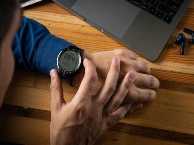 TicWatch Pro ساعت هوشمندی با نمایشگر دولایه