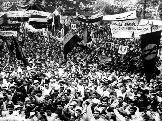 30 تیر ، قیام مردم ایران به پشتیبانی دکتر محمد مصدق و مخالفت با شاه (1331 ش)