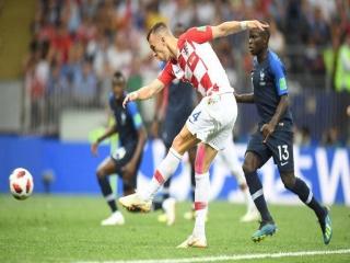 فرانسه 4 - 2 کرواسی ; دومین ستاره بر روی پیراهن فرانسه