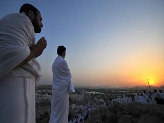 استجابت دعا در روز و شب عرفه