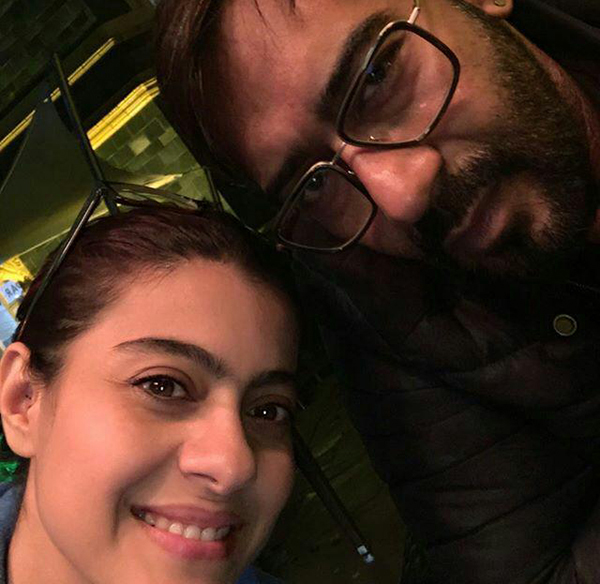 سلفی کاجول و همسرش آجی دیوگان