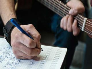 آهنگسازی و تنظیم موسیقی چیست؟