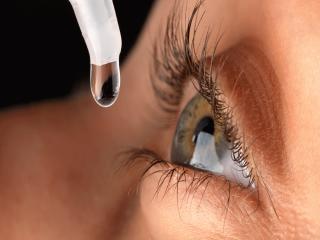 معرفی انواع قطره های چشمی