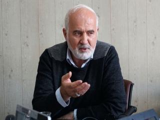 احمد توکلی: نرخ ارز قرار است تا کجا برسد که دولت بفهمد راه را اشتباه رفته؟