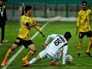 سپاهان 2 - 0 نفت مسجد سلیمان ؛ صدر نشینی با یک بازی بیشتر