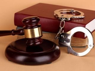 کیفرخواست (ادعانامه دادستان) در چه مواردی صادر می شود