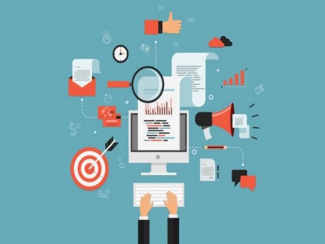 دیجیتال مارکتر کیست؟