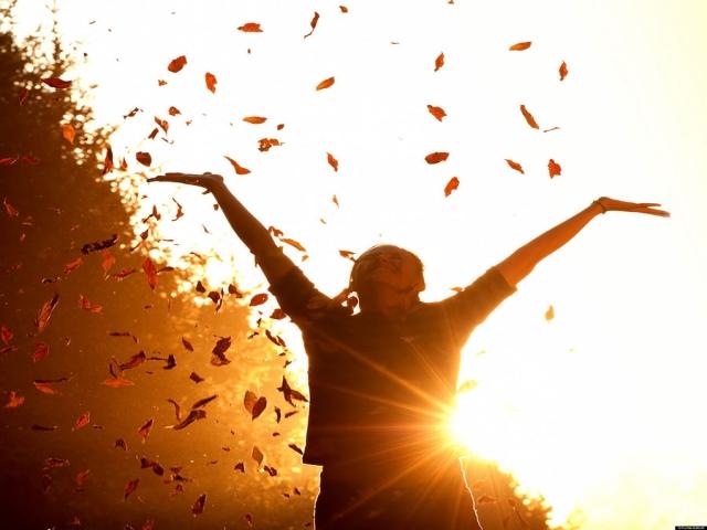 چگونه خودمان را شاد نگه داریم؟