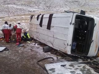 واژگونی اتوبوس مشهد - ساری 32 مصدوم برجای گذاشت