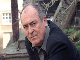 برناردو برتولوچی ، کارگردان ایتالیایی فیلم بودای کوچک درگذشت