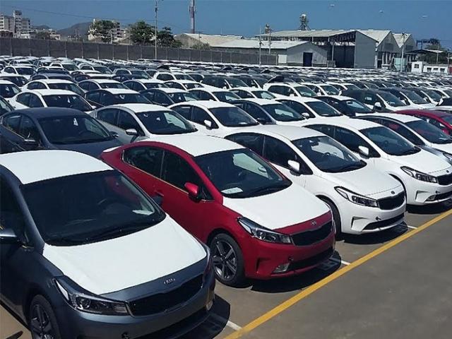 توصیه فعالان بازار خودرو به مردم؛ فعلاً خودرو نخرید