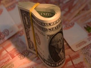 نرخ دلار در آستانه تکرقمیشدن/ دلار وارد کانال 10 هزار تومان شد